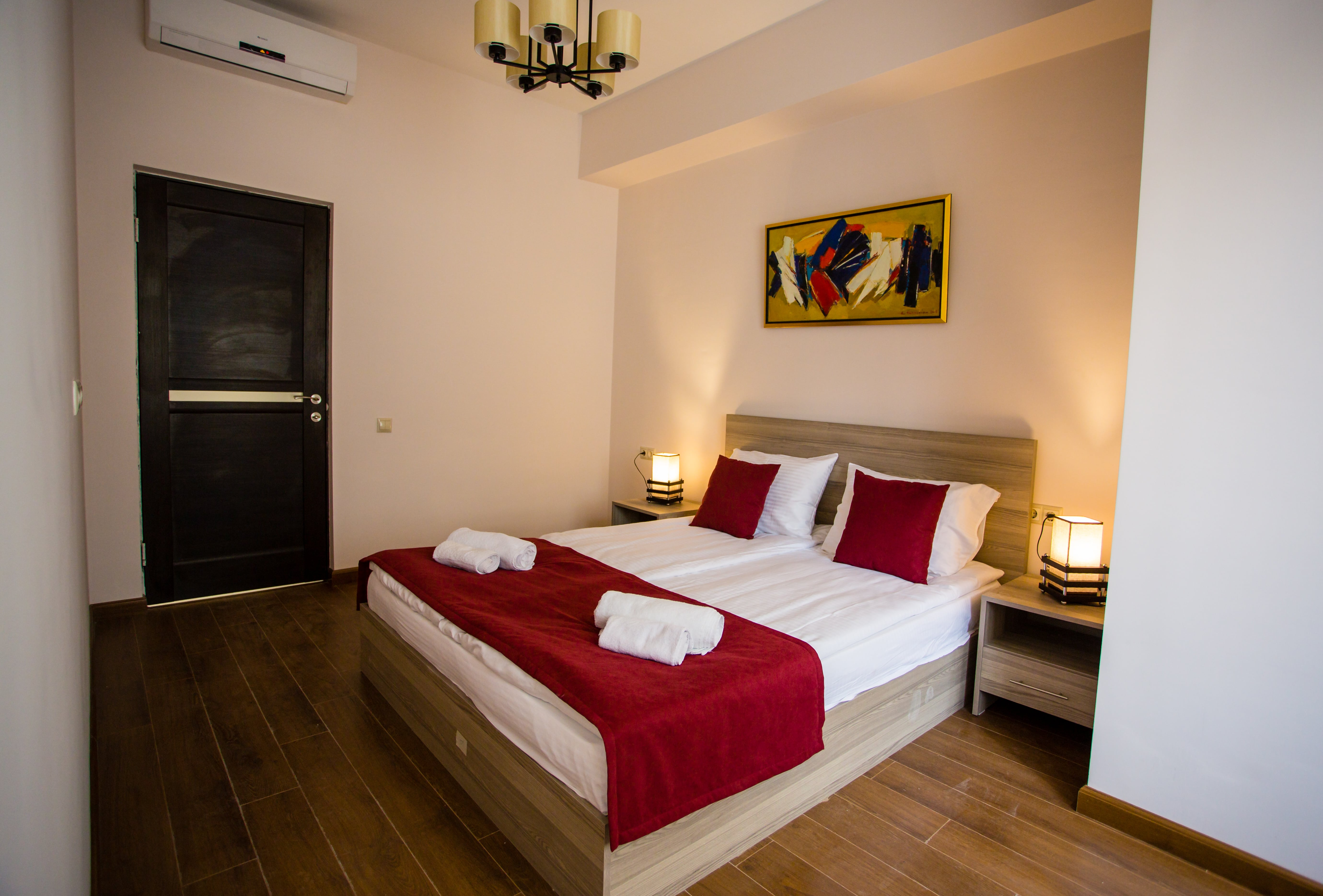 One bedroom 1-min
